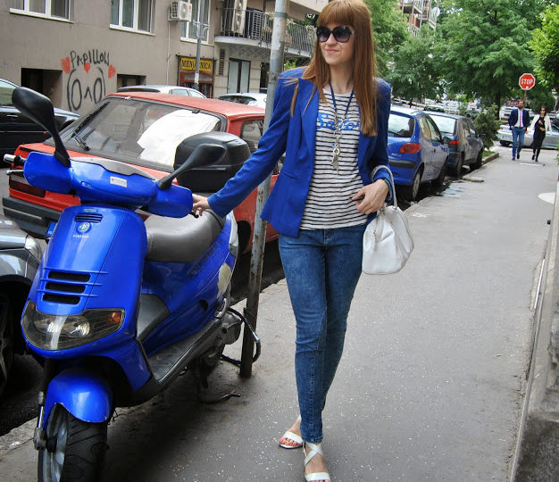 blue-street-outfit