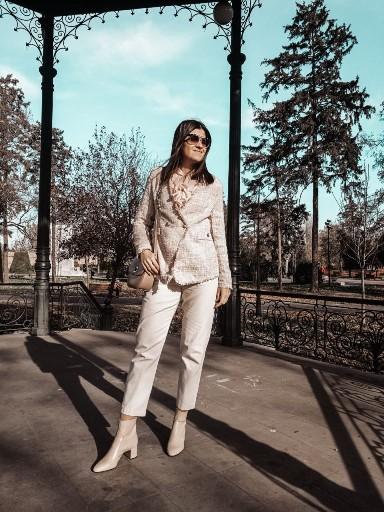 Beige Monochrome Outfit Idea