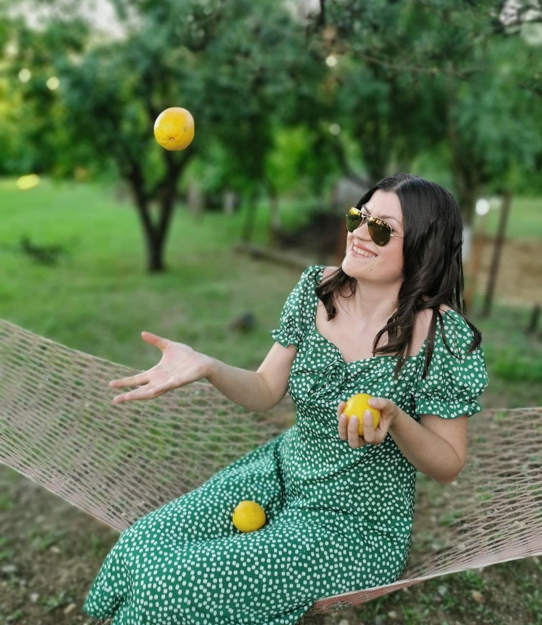 lemons and dresses