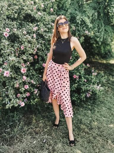 Polka Dots Summer Outfit Idea