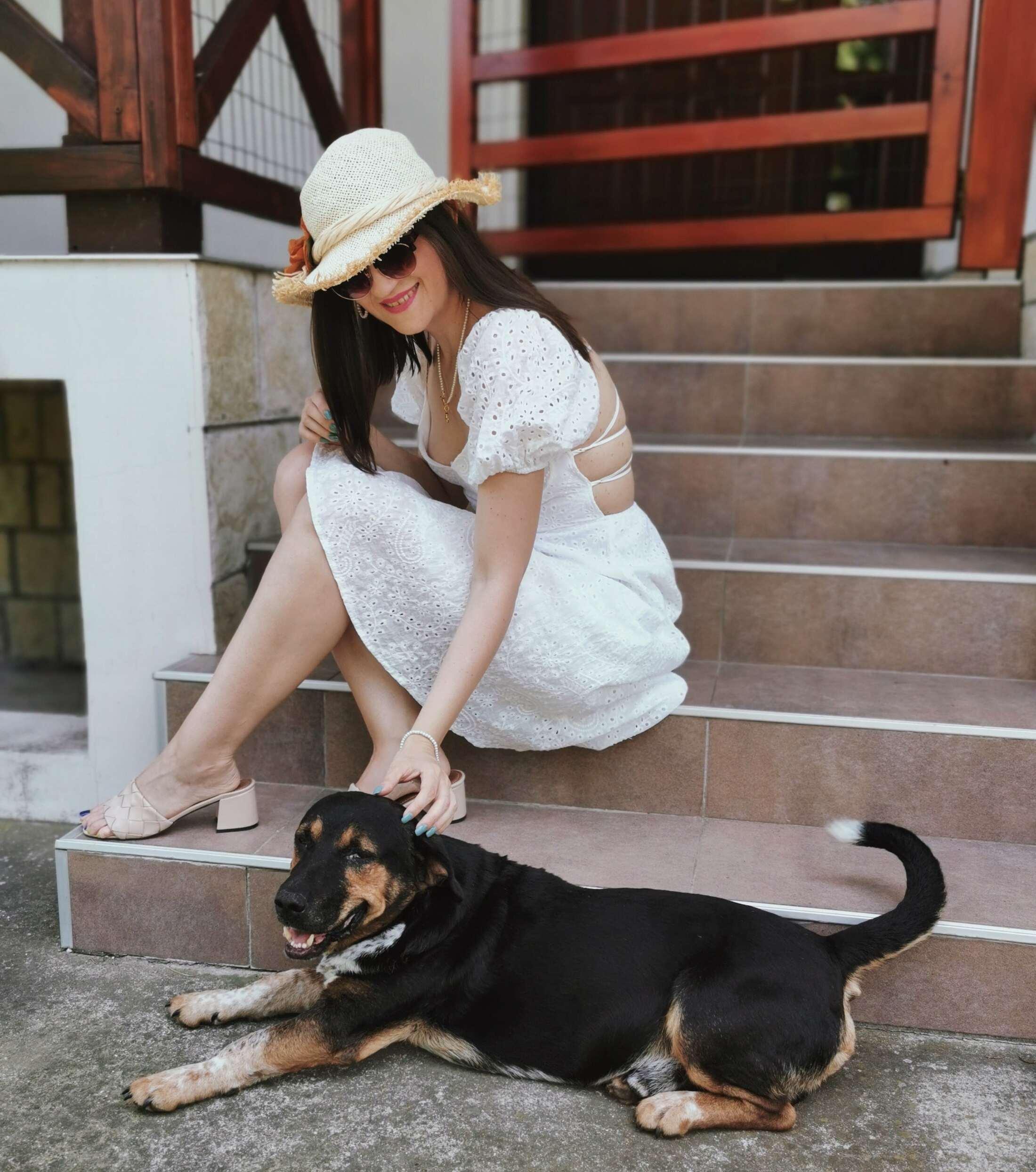 dog lover lady